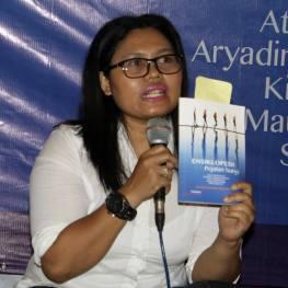 Puji Retno Hardiningtyas sebagai Pembicara